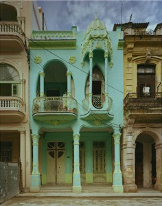 Michael Eastman, Havana. Image courtesy Barry Friedman Gallery, © Michael Eastman