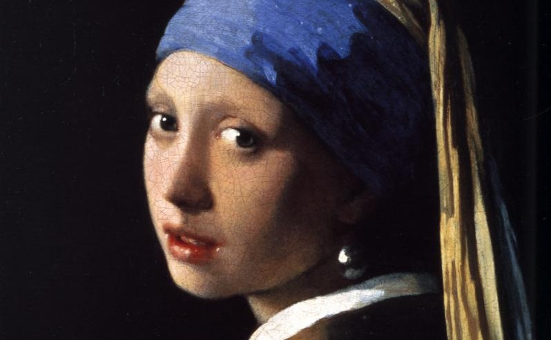 girl with pearl earing Category: book-of-the-month discussions girl with a pearl earring girl with a pearl earring discussion starter: did you find griet to be a likeable heroine.