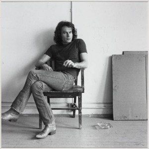 Brice Marden 1976 by Robert Mapplethorpe 1946-1989 Image courtesy Sean Kelly Gallery and Robert Mapplethorpe Foundation